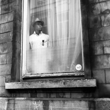 Un inconnu à ma fenêtre
